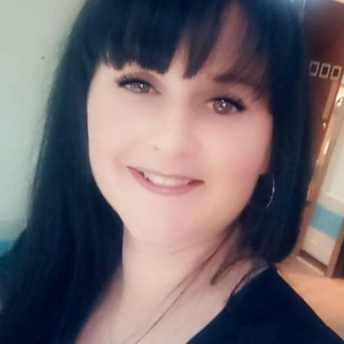 toni_21, Woman 34  Dundee Tayside