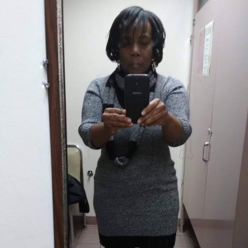 JANIAH, Woman 56  Euclid Ohio