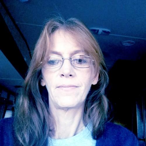 Bobbi, Woman 49  Clayton North Carolina