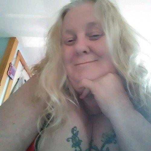 mtash5549gmale, Woman 43  Fishers Indiana