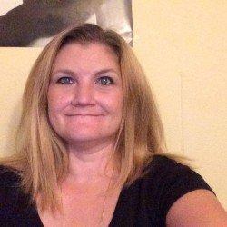 Karin78, Woman 40  Concord New Hampshire