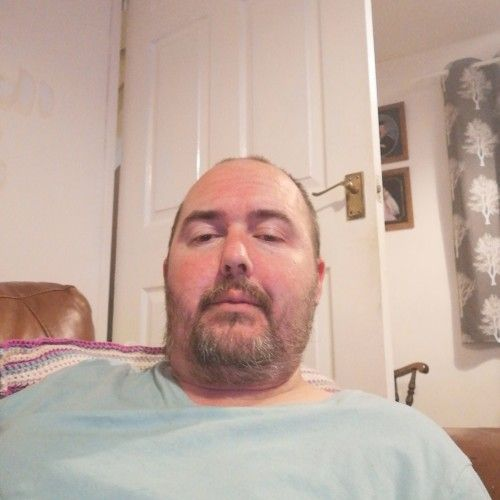 Mickbag79, Man 40  Cwnbran Gwent