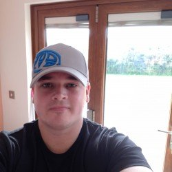 Jay86, Man 33  Milford Haven Dyfed