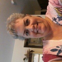 Pamwassill, Woman 60  West Terre Haute Indiana