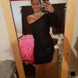 Keeley13, Woman 43  Leeds West Yorkshire