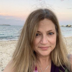 Pascras, Woman 51  Coconut Creek Florida