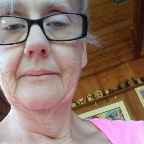Livelady, Woman 62  Davenport Iowa