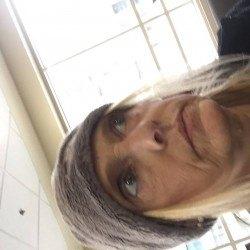 Sassy26, Woman 46  Davenport Iowa