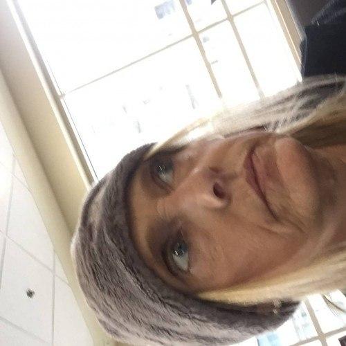 Sassy26, Woman 47  Davenport Iowa