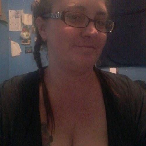 Dragracegirl1997, Woman 41  London Ontario