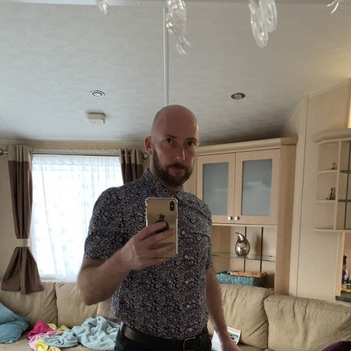 Alfy70, Man 47  Wigan Lancashire